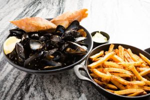Mussels and frites (1)