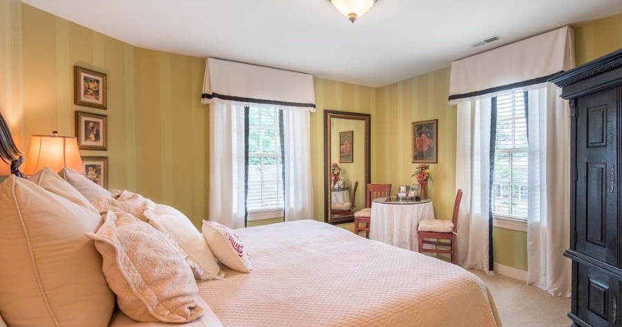 rooms at our Zionsville IN Bed and Breakfast
