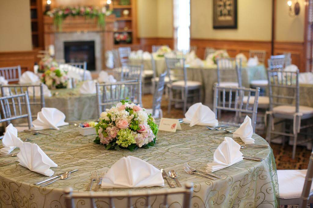 Brick Street Inn Wedding Centerpiece