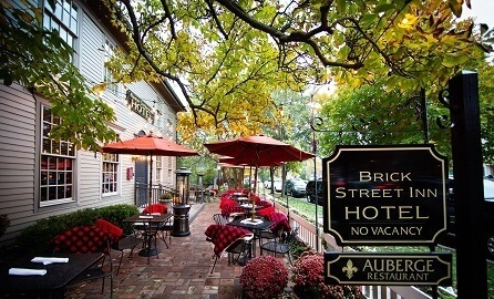 Brick Street Inn Patio