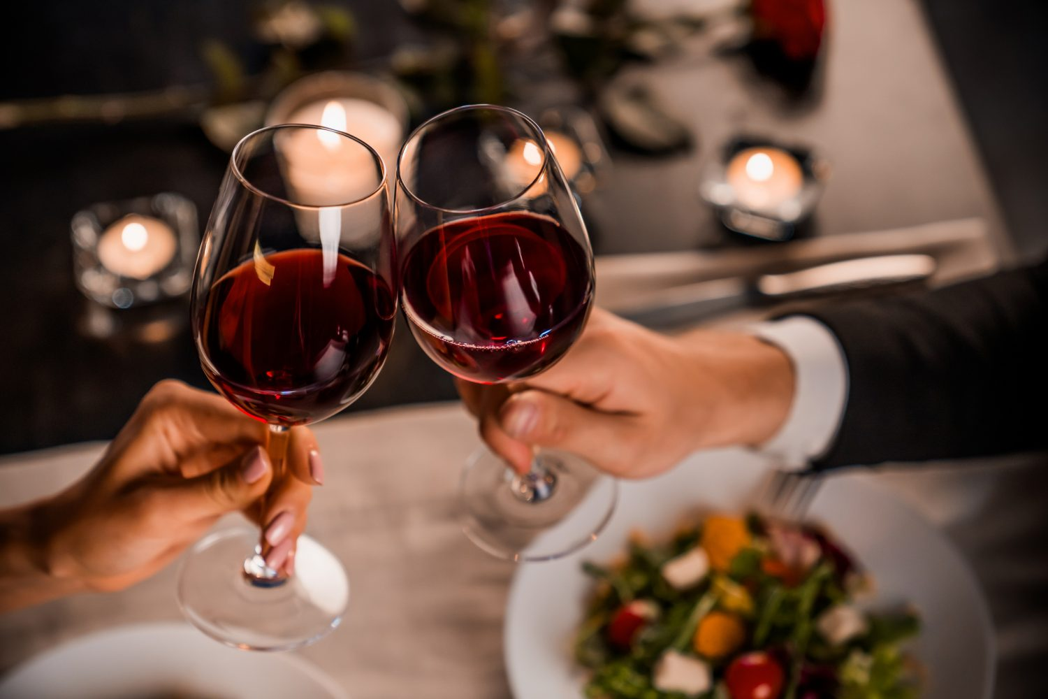 couple dining with wine during Valentine's Day near Indianapolis
